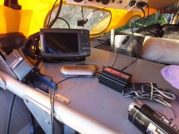 Инвертор 12/220 вольт 200 вт.