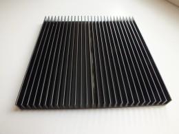 Радиатор холодильника 150х150х13 мм.