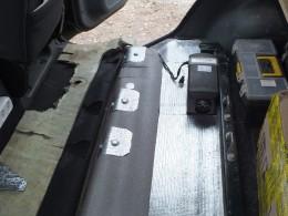 Фен Вебасто установлен под задними пассажирскими сидениями
