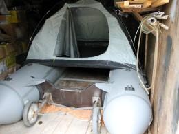 Палатка встала без переделок.