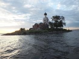 Остров Спас - каменный
