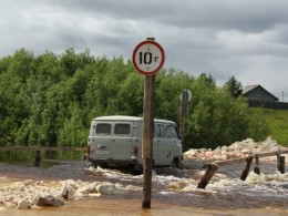Мост через Кулойский канал  29 июня 2014 г. фото – http://sanatatur.ru/